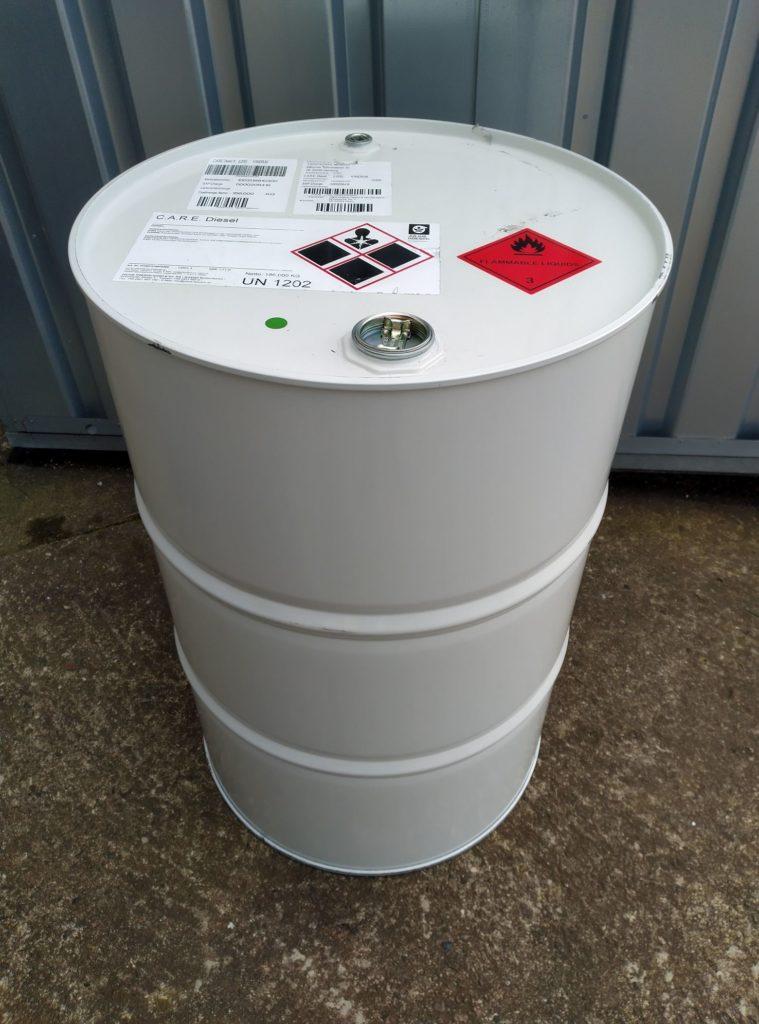 Fass mit 200 Liter C.A.R.E. Diesel
