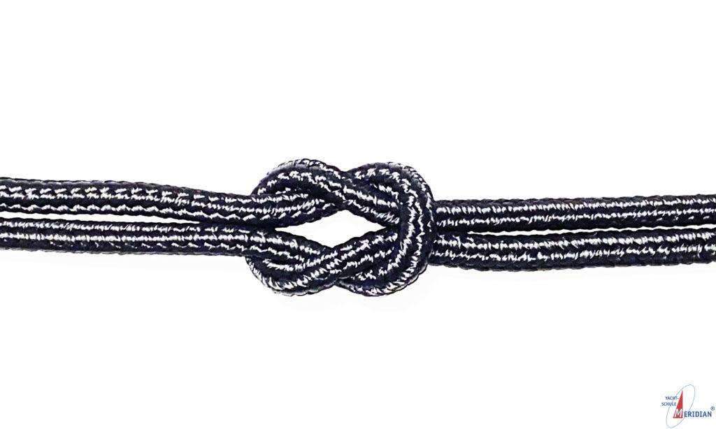 Der Kreuzknoten dient zum Verbinden zweier gleich starker Tampen.
