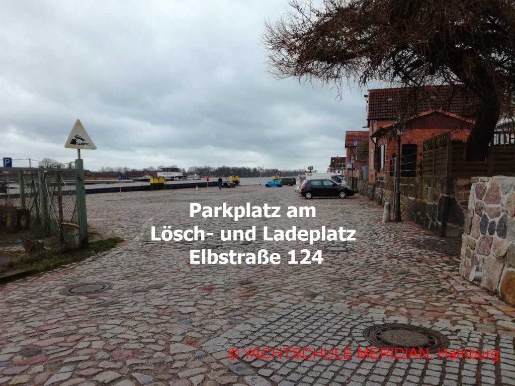 In Lauenburg gibt es am Lösch- und Ladeplatz viele Parkplätze.