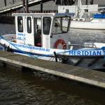 Die Meridian beim Skippertraining am Steg festgemacht.